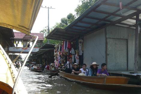 タムヌン・サドゥアク水上マーケット