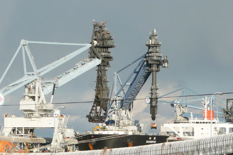 相馬共同火力(新地)発電所の港湾