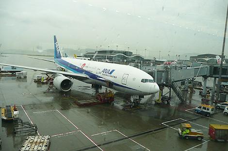 香港国際空港ANA機