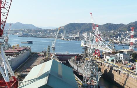 呉の港(造船所から)