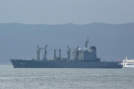 呉で海上自衛隊の艦船
