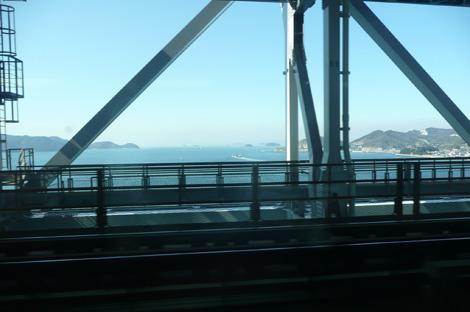 瀬戸大橋の車窓から