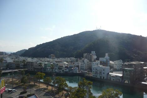 徳島市内のホテルから